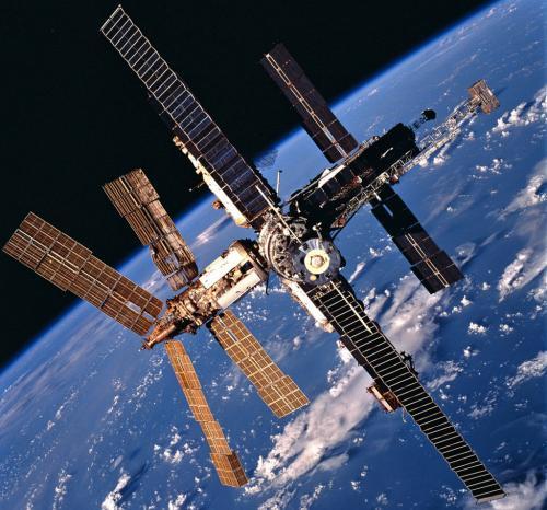 المحطة الفضائية مير